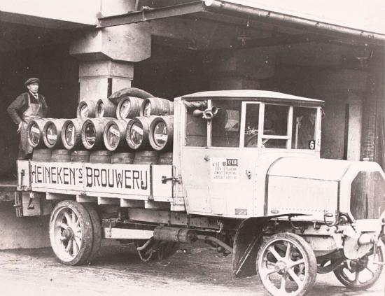 Heineken lorry 1900s