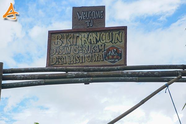 Bukit Rancunt Vandering Serukam Bengkayang