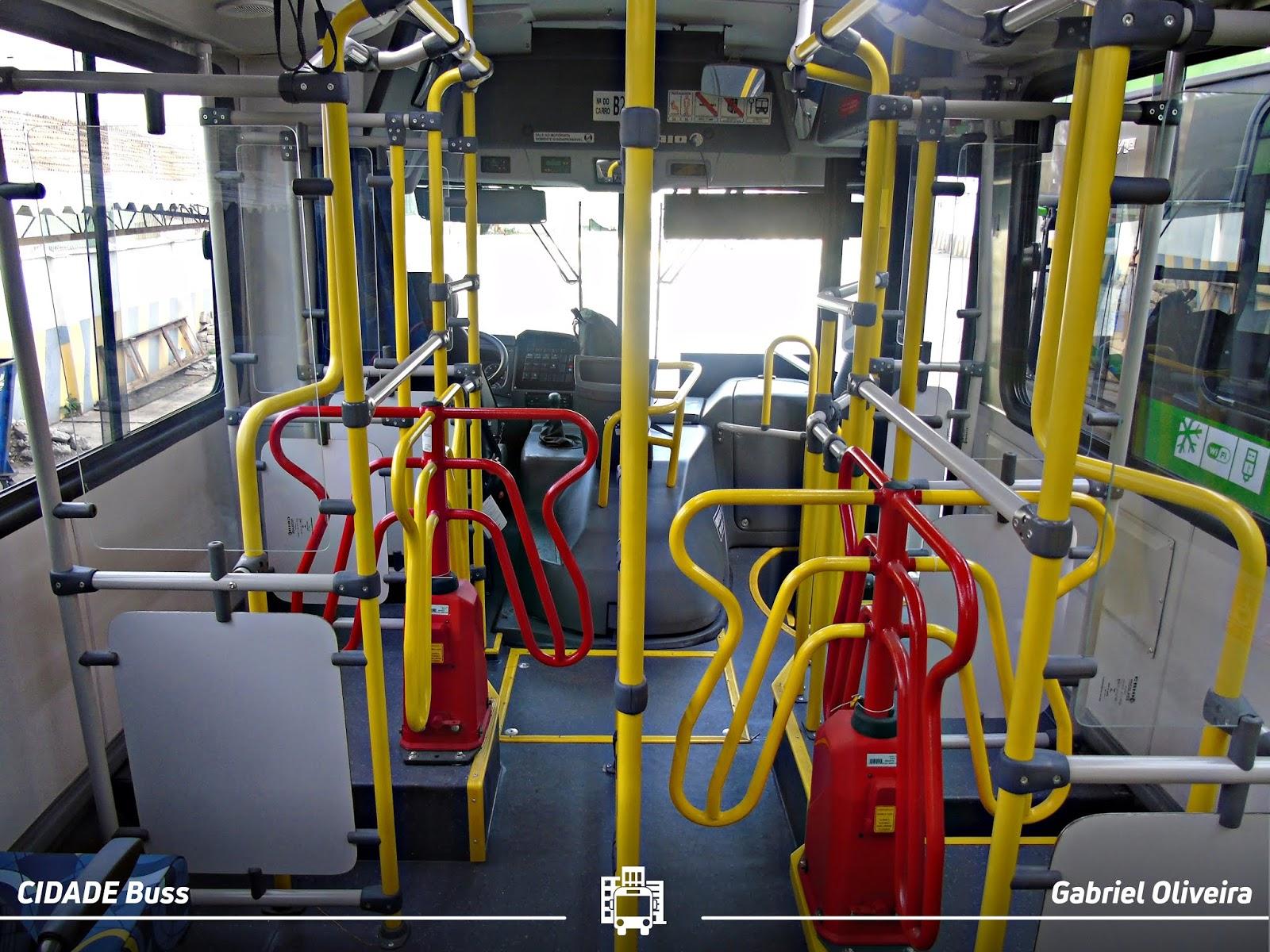 Foto Ônibus com Duas Roletas