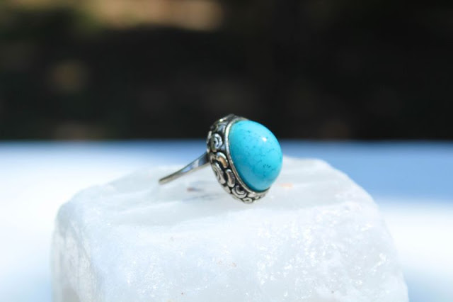 Non Diamond Engagement Rings Turquoise