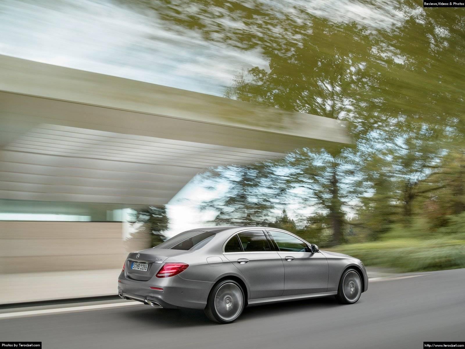 Hình ảnh xe ô tô Mercedes-Benz E-Class 2017 & nội ngoại thất