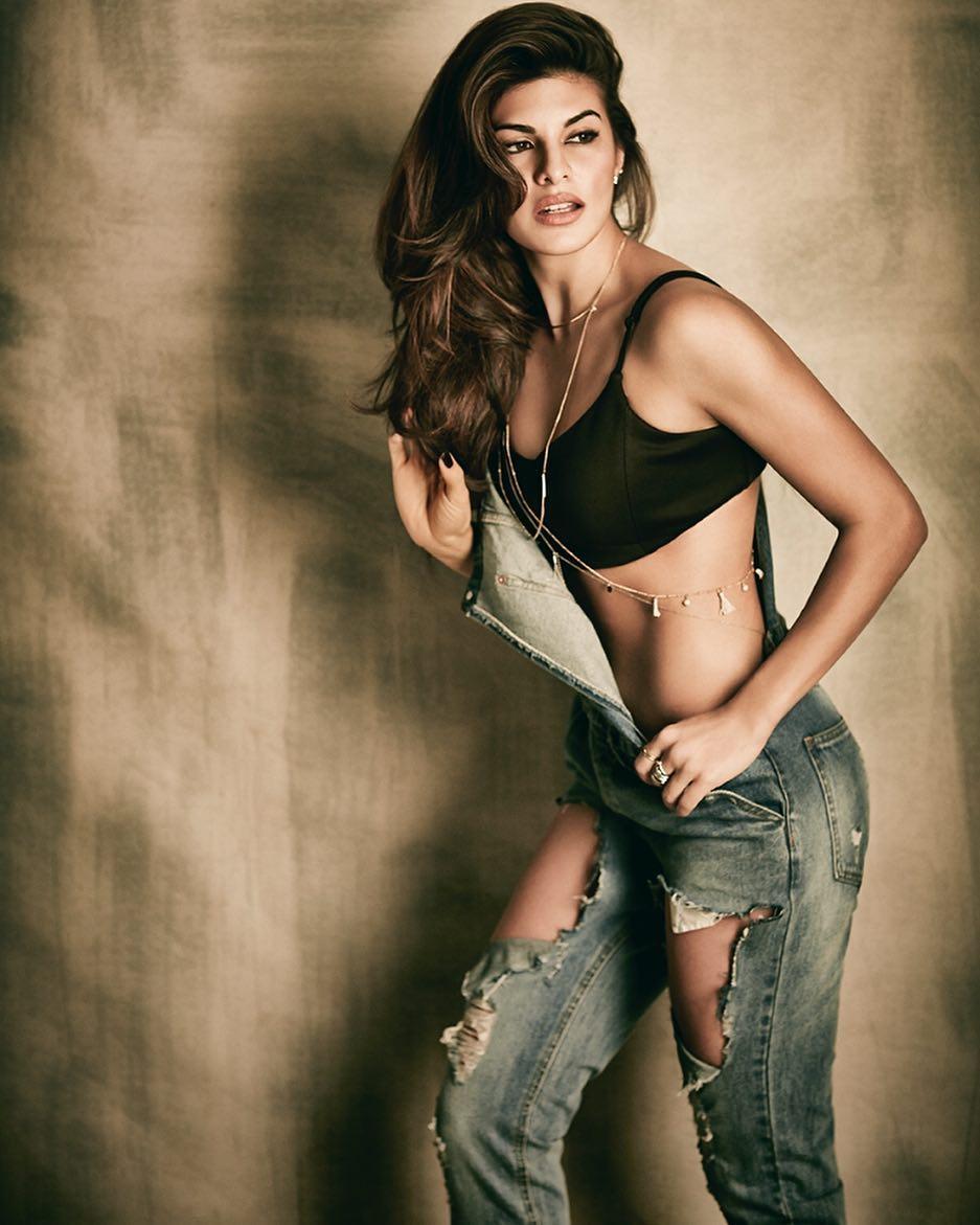 Jacqueline Fernandez hot sexy photo