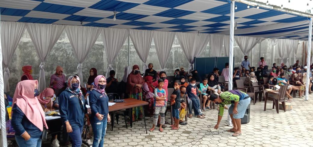 Masyarakat Pinrang memadati rumah aspirasi bapak H.Rusdi Masse di Corawali