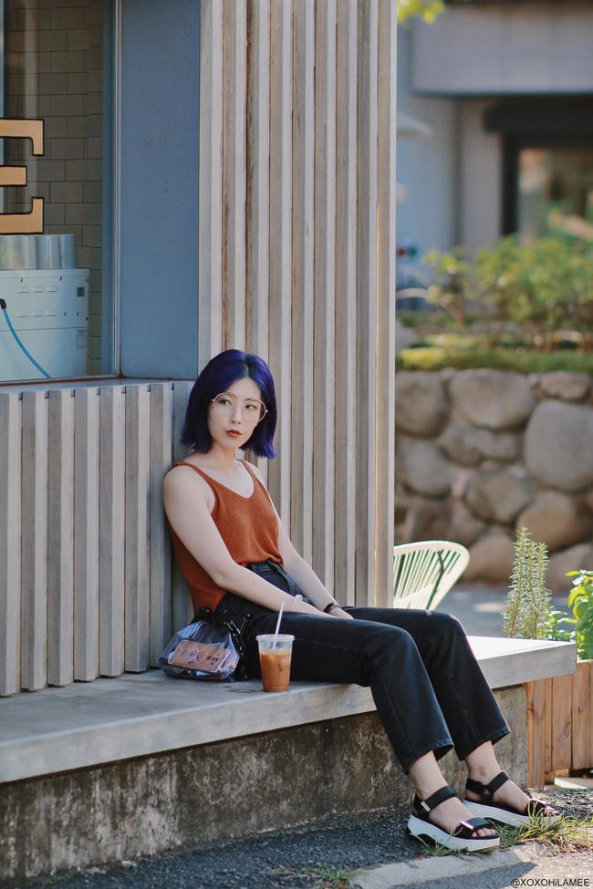 Japanese Fashion Blogger,MizuhoK,20190824OOTD, Rakuten=knit cami, GU=black jeans, ZARA=sporty sandals, big round glasses, and more