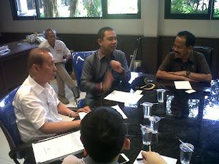 Komisi B Jatim saat ketemu Ketua APGI Jatim