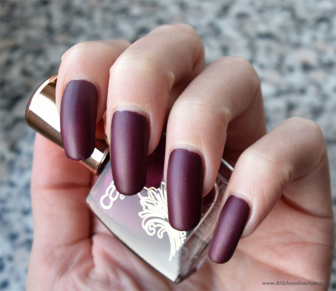 Catrice - Victorian Poetry - Nagellack - Berry British matt