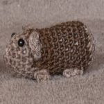 https://www.crazypatterns.net/en/items/7826/kostenlose-haekelanleitung-baby-meerschweinchen