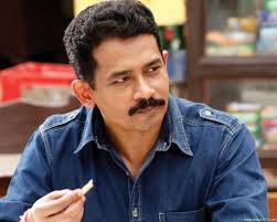 Atul Kulkarni Family Wife Son Daughter Father Mother Age Height Biography Profile Wedding Photos