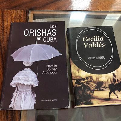 libros Los Orishas en Cuba y Cecilia Valdés