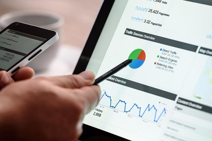 Perbedaan Search Engine dengan Directory