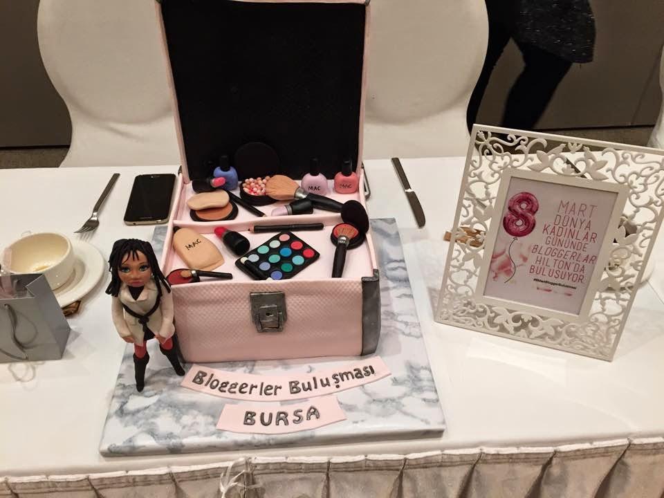 sponsor  Merve Uçan butik pasta Bursa'lı bloggerlar bulışması Hilton