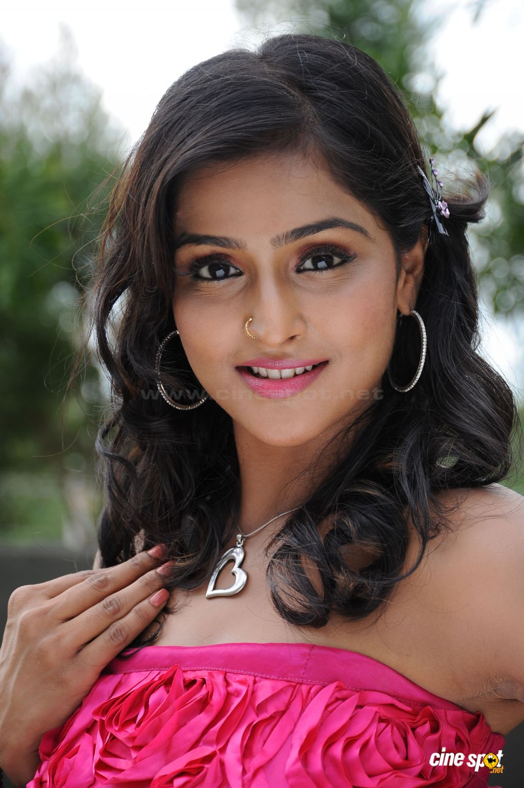 remya nambeesan hot images