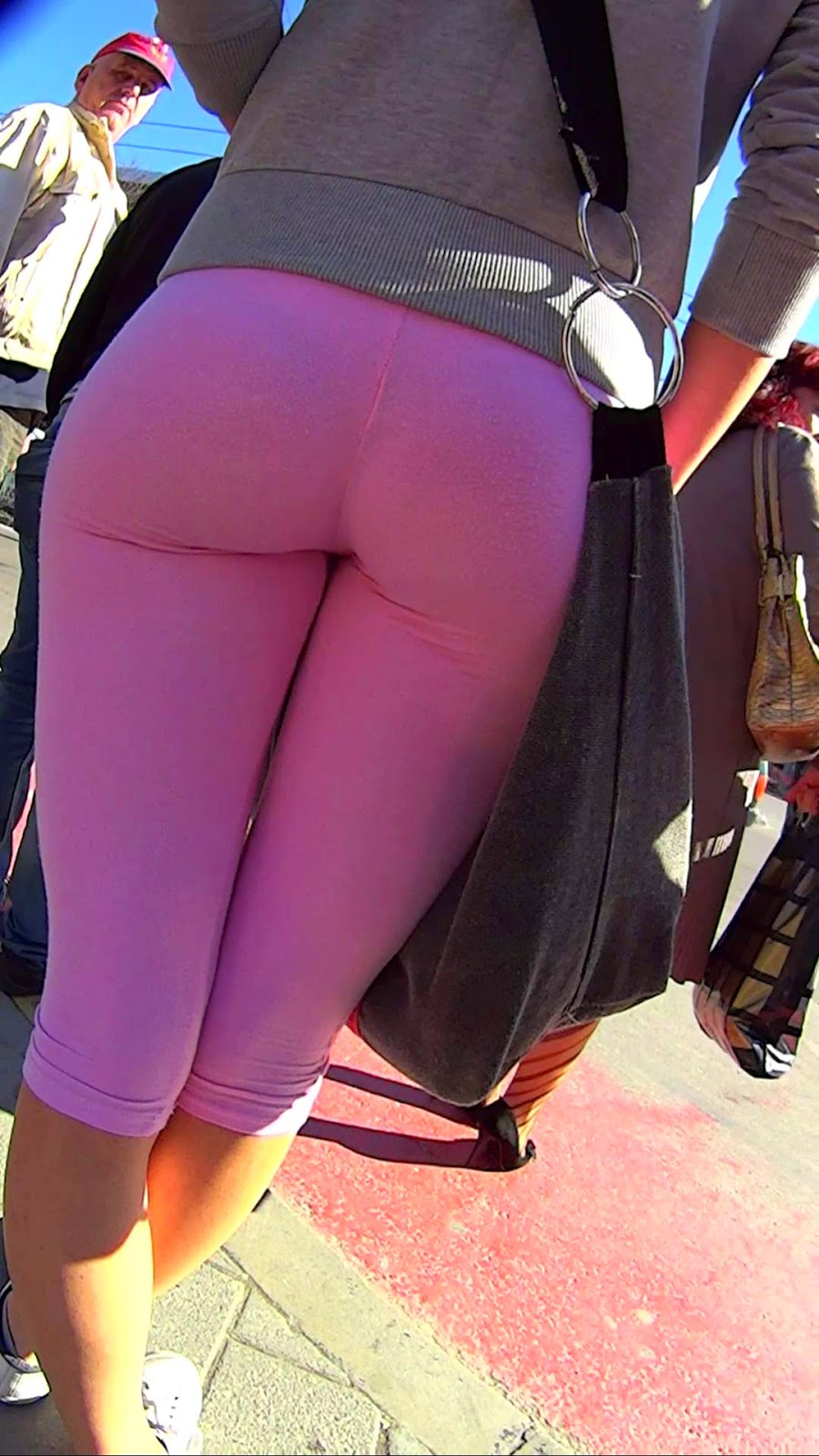 Sexy Naked Girls In Yoga Pants