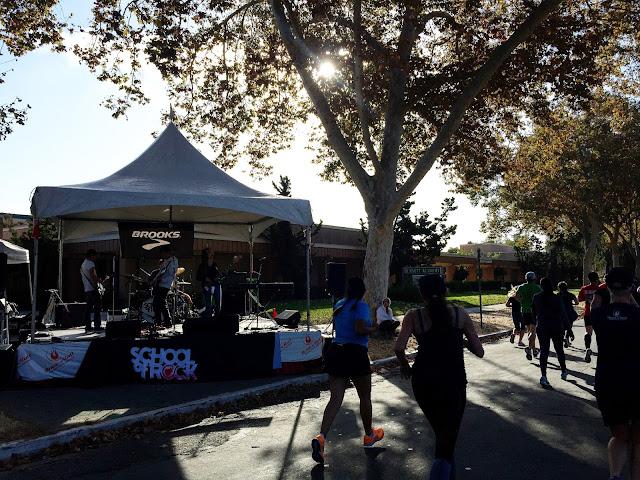 Rock 'n' Roll San Jose Half Marathon Band on the course