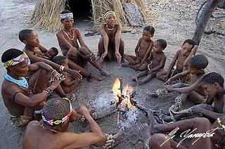 Resultado de imagen de bosquimanos altura costumbres y tradiciones