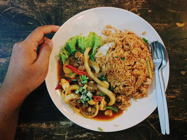 Nasi Goreng Daging Pedas yang Sedap