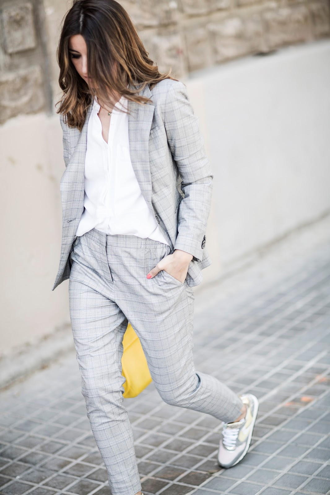 e066b8d77d7 Lisa Olsson has opted for a classic casual style here