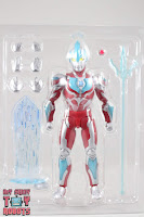 S.H. Figuarts Ultraman Ginga Box 05