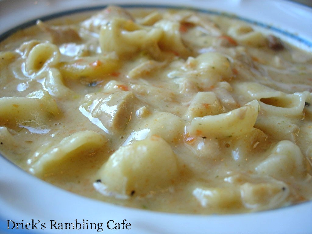 Creamy chicken noodle vegetable soup drick 39 s rambling cafe for What vegetables to put in chicken noodle soup