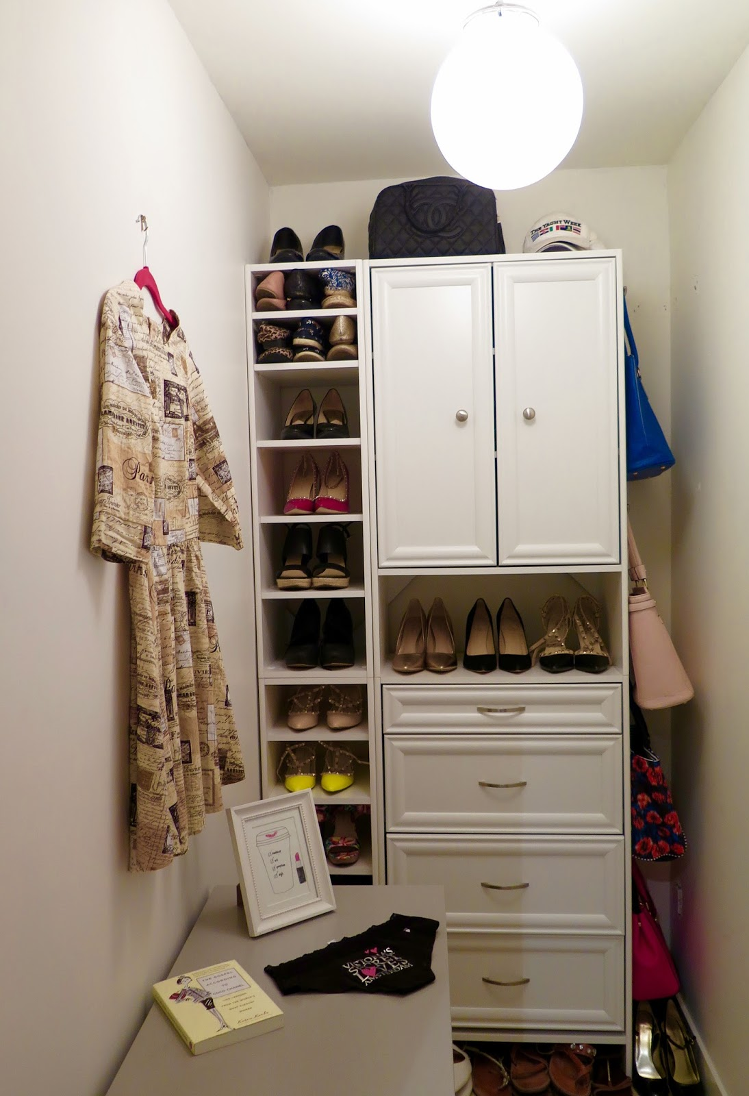 walk-in-closet-small-space