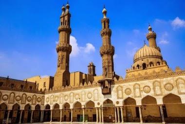 Ini Dia Daftar Lengkap Universitas Islam dan Umum di Timur Tengah