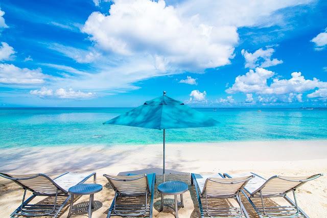 beach-4047678_960_720.jpg