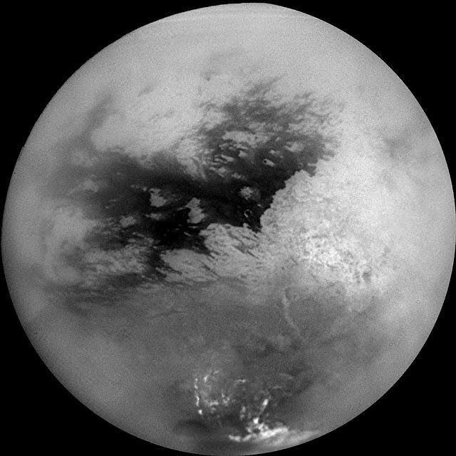 Região de Shangri-La (região escura no centro da imagem)