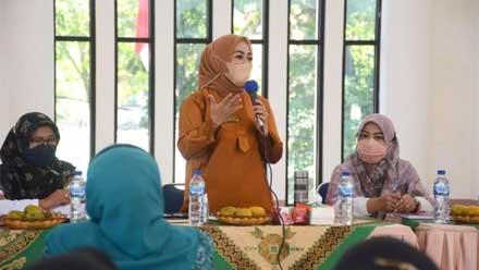 Ny. Lise Eka Putra buka pelatihan Sulaman Kapalo Samek