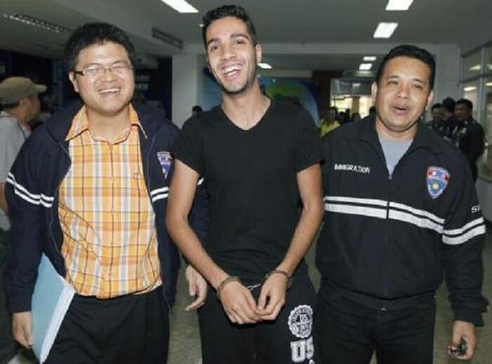 Hacker Yang Menggodam Bank AS Ditangkap - Hamza Bendelladj