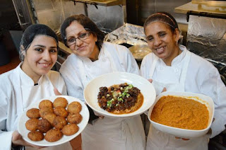 Food Delivery Hire Iraqi refugees and Nepal As Chef