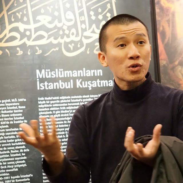 Felix Siauw: Demi keselamatan dirinya, Ahok selayaknya meminta maaf kepada ummat Islam