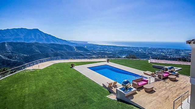 luxury villas spain