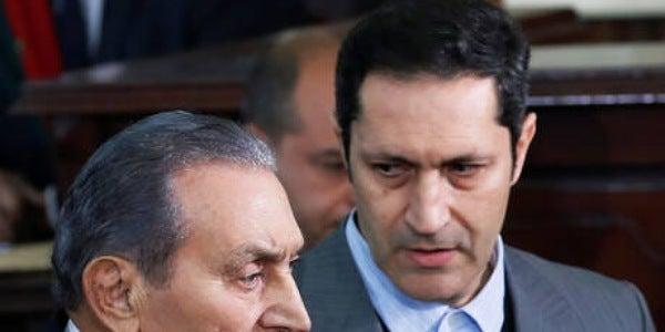 قضاء مصر يبرئ نجلي حسني مبارك من شبهة التلاعب بالبورصة