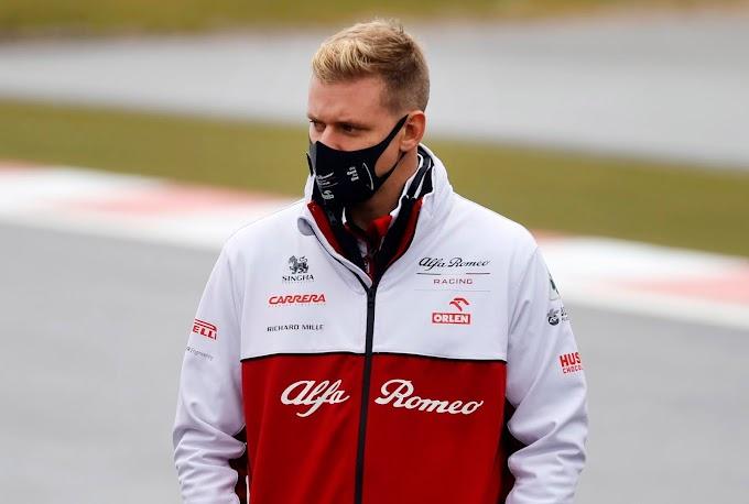 Jön az újabb Schumacher-sztori: a korábbi világbajnok fia bemutatkozik a Forma-1-ben