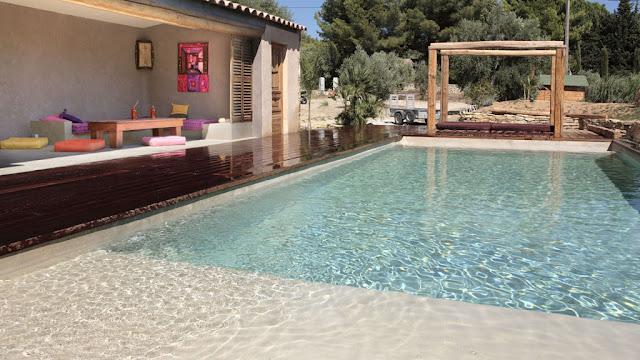 Decoracion para jardines con piscina decoraci n del hogar dise o de interiores c mo decorar - Decoracion de piscinas ...