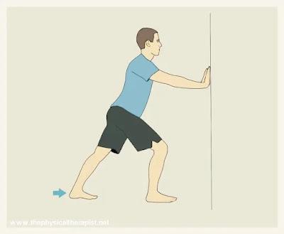 تمرين إطالة عضلات الساق