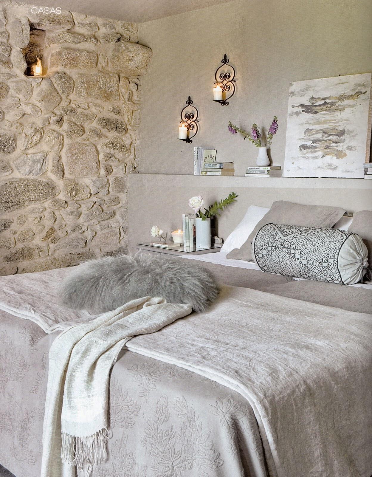 Boiserie c 15 meravigliose camere da letto con la pietra - Boiserie camera da letto ...