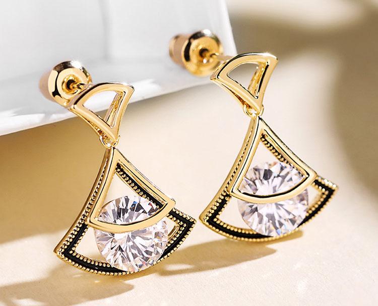 典雅扇形鋯石耳環