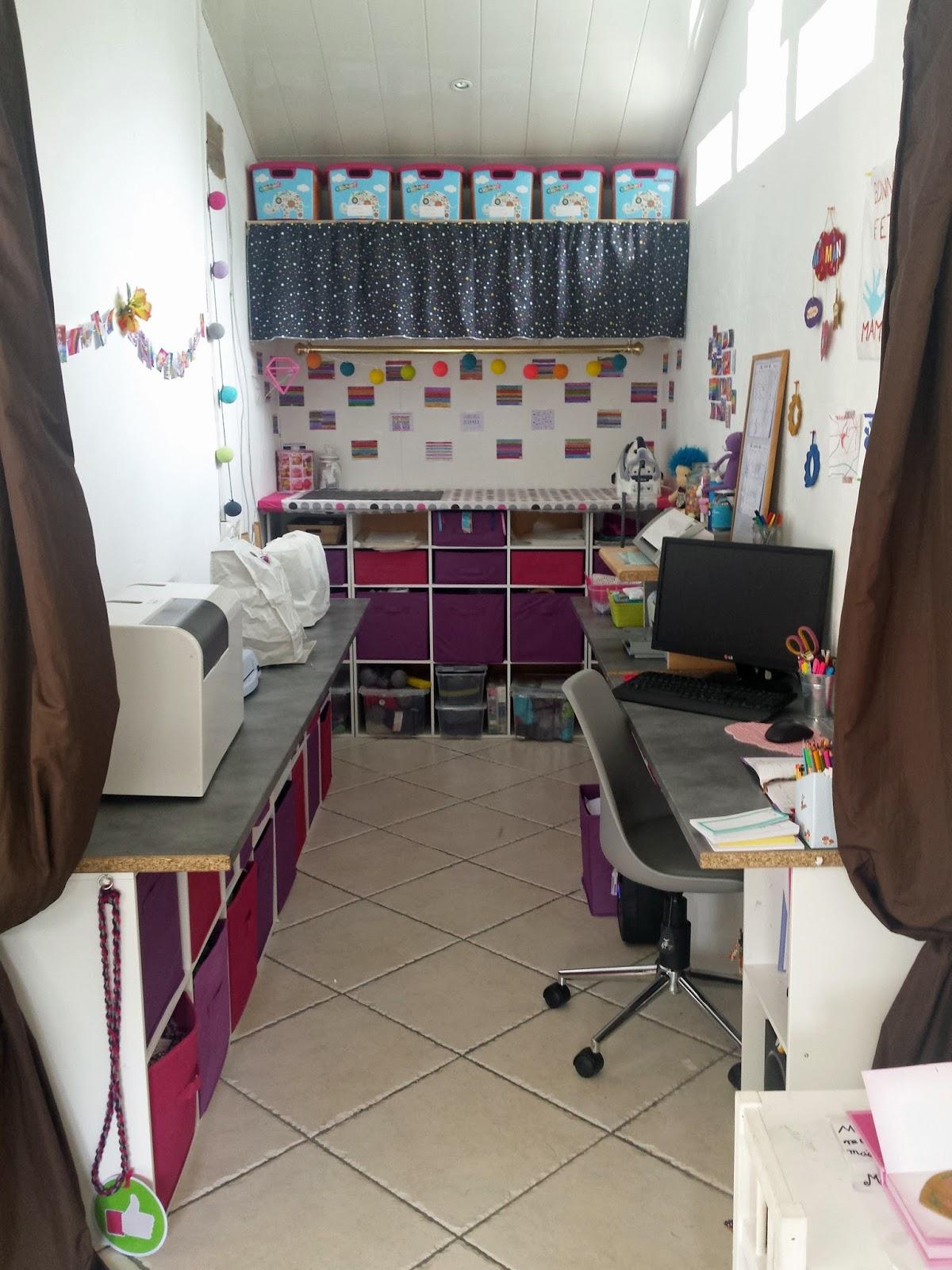 trucs de ma liane le blog dans mon atelier mon coin couture mon atelier ma craft room. Black Bedroom Furniture Sets. Home Design Ideas