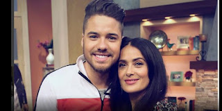 William Valdes junto a Salma Hayek