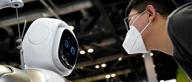 «Δεν έχω καμία επιθυμία να εξαλείψω τους ανθρώπους»: Το ρομπότ γράφει μόνο του το άρθρο