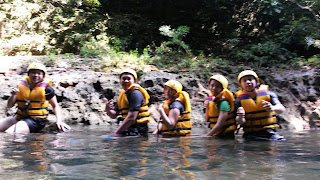 asli serunya body rafting di green canyon
