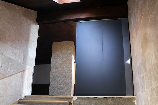 sliding interior partitions