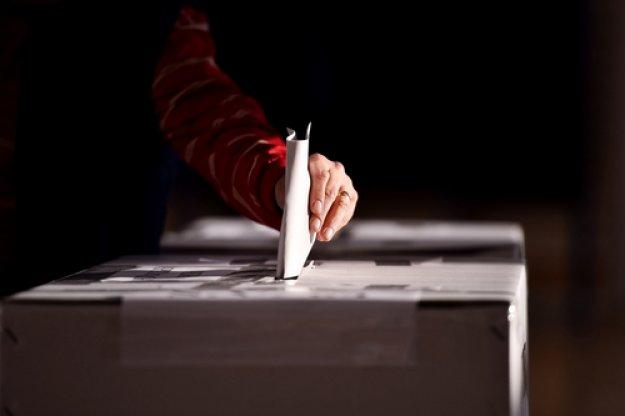 Το Μαξίμου φοβάται την ψήφο των απόδημων