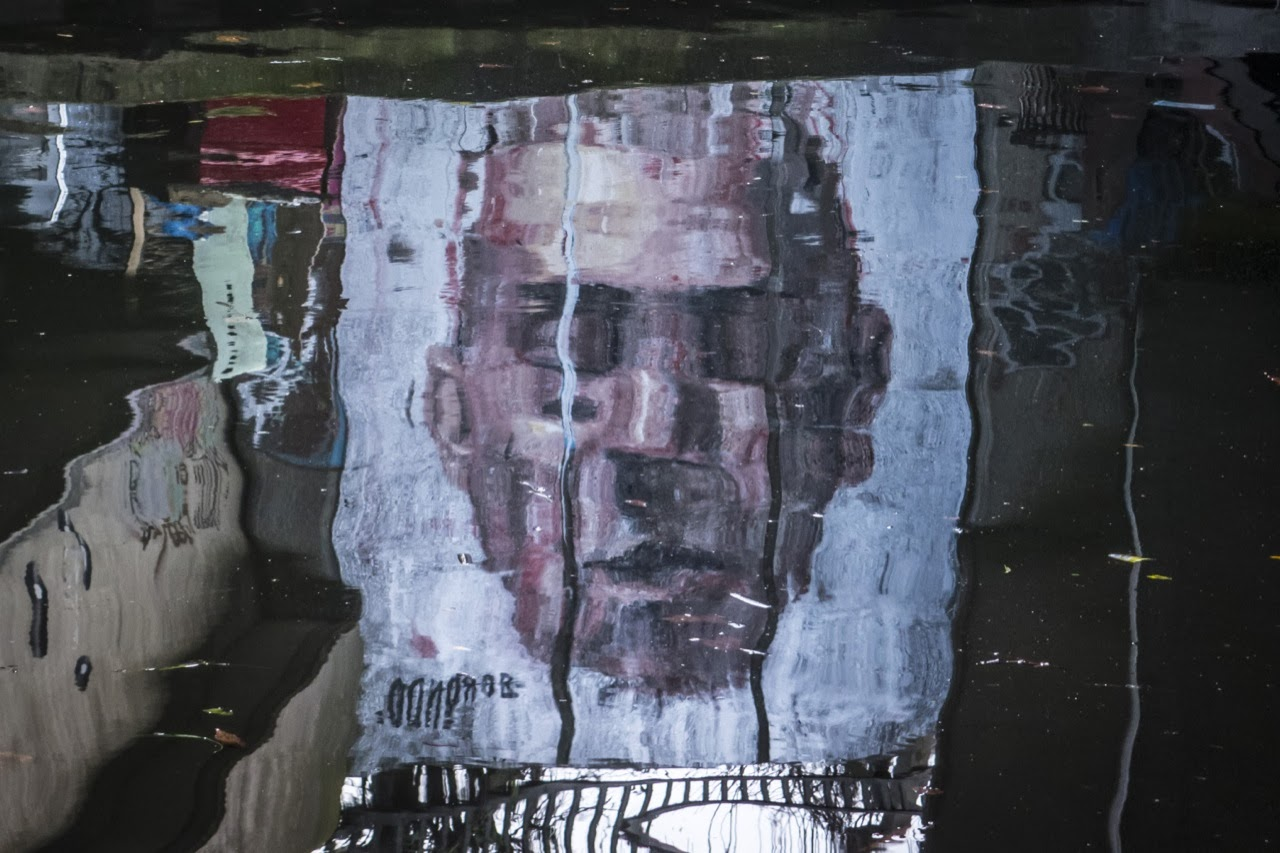 """""""Narcissus"""" a new street art mural by Spanish painter Borondo in East London, UK. 1"""