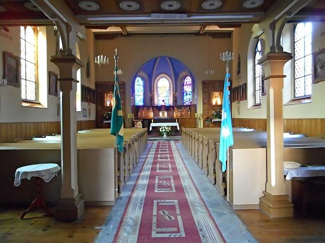 parafia św. Urbana, Głębinów, Nysa, świątynia