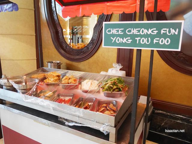 Chee Cheong Fun & Yong Tau Foo Stall