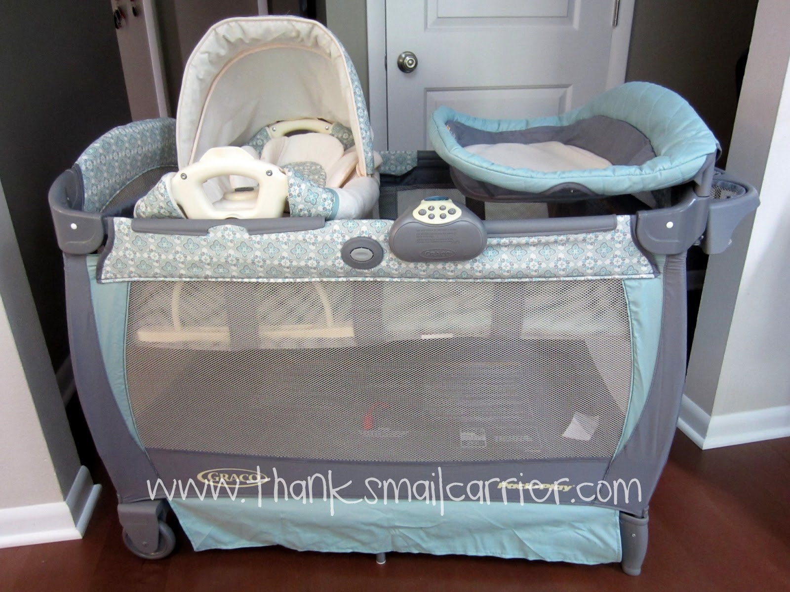 Thanks Mail Carrier Graco Pack N Play Playard With Cuddle Cove