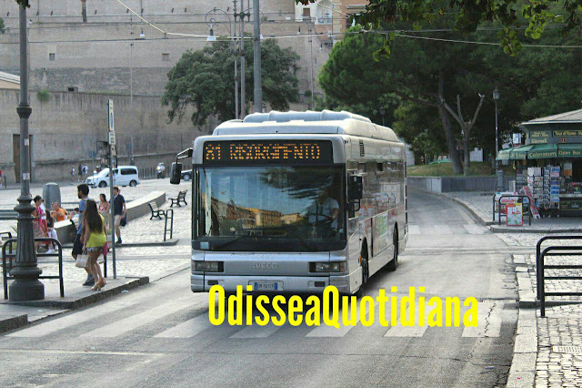 Coronavirus, a Roma amuchina agli autisti Atac e bonifiche extra su tutti i bus