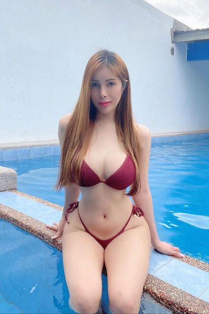 Hot and sexy big boobs photos of beautiful busty asian hottie chick Pinay booty model Jonna Fox photo highlights on Pinays Finest sexy nude photo collection site.